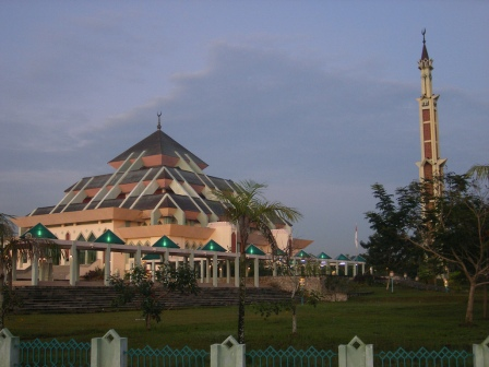 Masjid Raya Batam Center