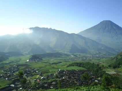 Gunung Dieng