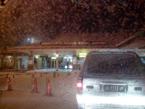 Adisucipto Airport - Dinihari
