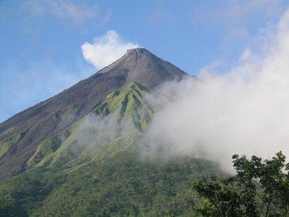 Gunung Karangetang
