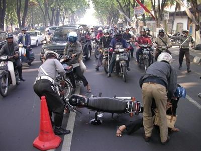 Kecelakaan Motor - Ilustrasi