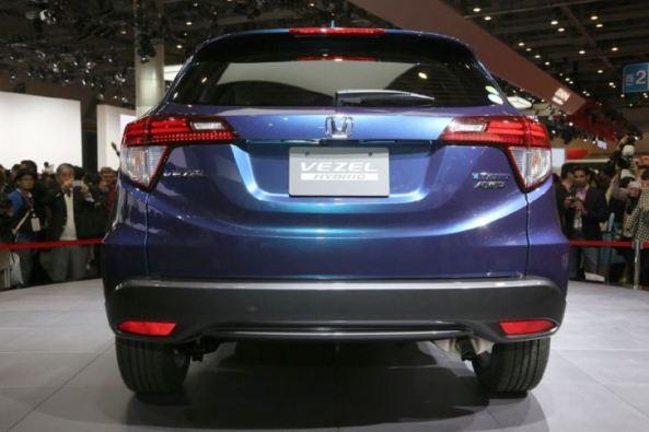 Honda Vezel Hybrid - Belakang