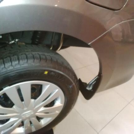 Datsun Go+ Panca - Tidak ada Mudguard