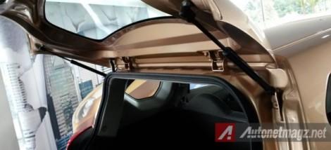 Datsun Go+ Panca - Dua Buah Hidrolik