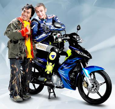 Salah satu Iklan Rossi yang fenomenal :D