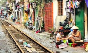 Kereta di Hanoi 6