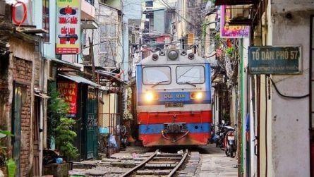Kereta Api  di Hanoi