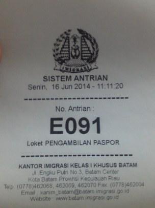 Antrian E - Mengambil Paspor