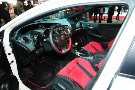 Civic Type R 2015 b