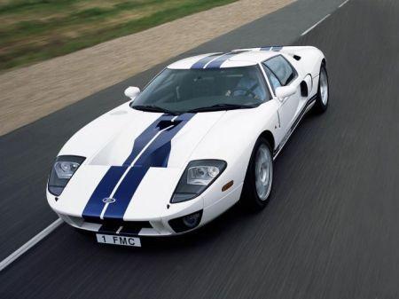 Ford GT tahun 2004