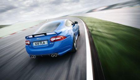 Jaguar XKR-S tahun 2011
