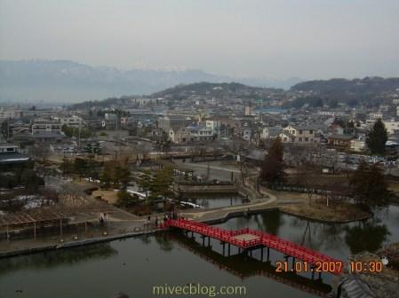 Pemandangan dari Lantai atas Matsumoto Castle