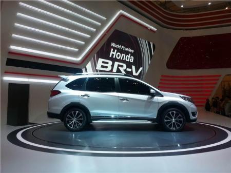 Honda BR-V di GIIAS 2015