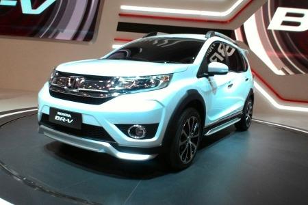 Honda BR-V di ajang GIIAS 2015