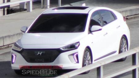 Hyundai Ioniq - Spyshot 2