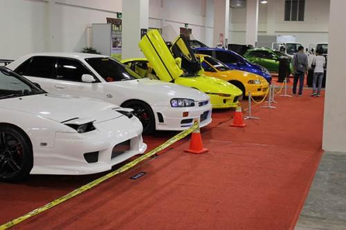 Deretan Mobil CBU di Batam Motor Show