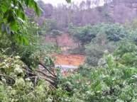 Longsor Bukit Kemuning - MivecBlog (15)