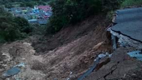 Longsor Bukit Kemuning - MivecBlog (33)