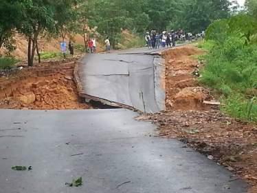 Longsor Bukit Kemuning & Nusa Indah (11)