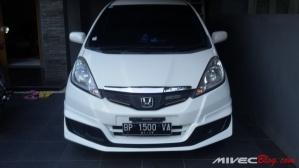 Honda_Fit (1)