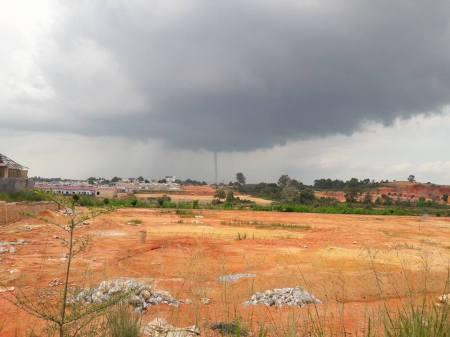 Puting Beliung di Batam, 8 Agustus 2016