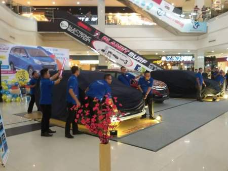Persiapan Launching Daihatsu Sigra di Kepri Mall Batam