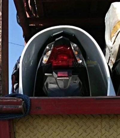 Spyshot Lampu Belakang New Honda Beat