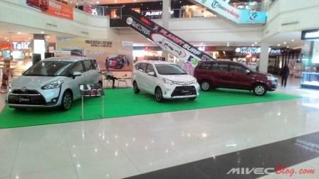 Public Display Toyota Calya di Kepri Mall Batam