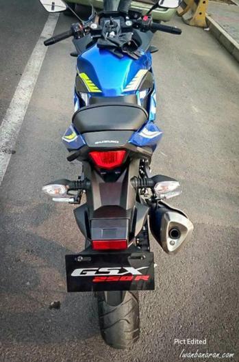 gsx-r250-3