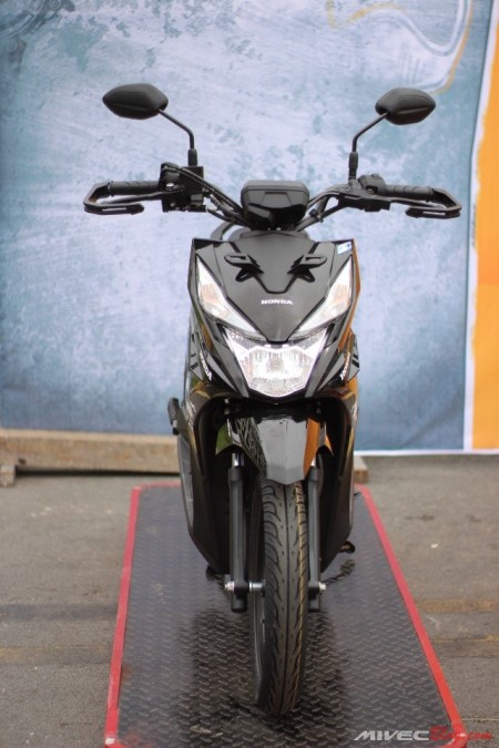 Beat Street dengan Hand Guard Honda Genuine Accessories