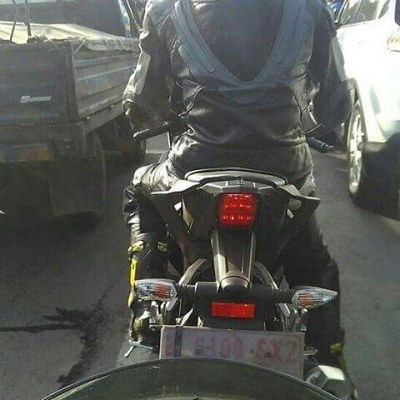 Buritan New Yamaha R15