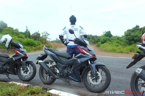 Jaket safety riding bro :D