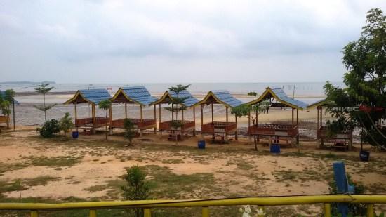 Pantai Setokok dilihat dari Parkiran