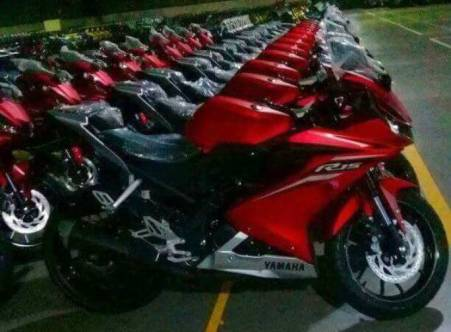 All New R15 di gudang Yamaha