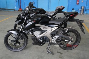 GSX-S150 with Keyless Ignition - Mivecblog (26)