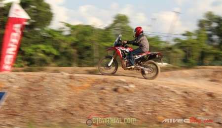 Test Ride CRF250 Rally - Batam