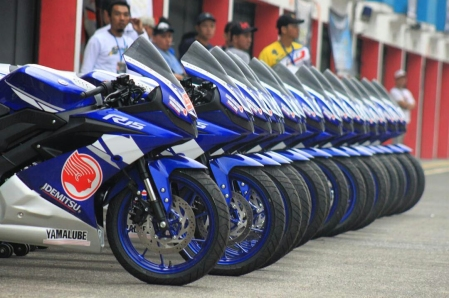 All New R15 di event Yamaha Sunday Race