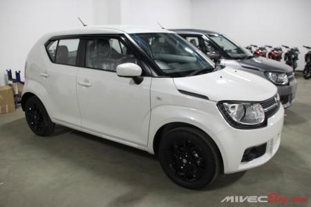 Suzuki Ignis suda ready di Batam