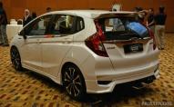Honda Jazz Facelift 2017 - Malaysia (15)