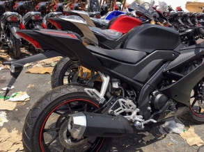 Yamaha-R15-v3.0-Vietnam-dealership-rear-three-quarter