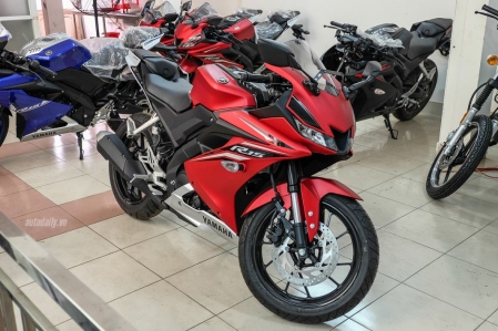 Harga All New R15 di Vietnam