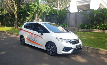 New Jazz MMC Putih