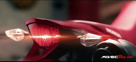 Teaser CRF150 Lokal - Lampu belakang menyatu dengan tail light