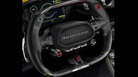 Setir dan panel instrument Venom F5