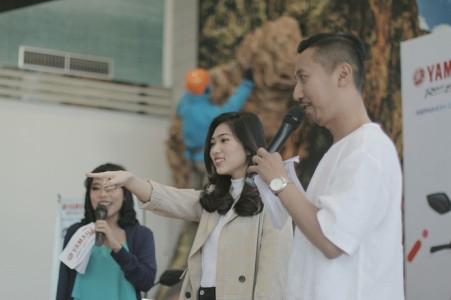 Isyana Sarasvati brand ambassador Mio S saat Meet & Greet dengan fans dan konsumen Mio S di Bandung (3)
