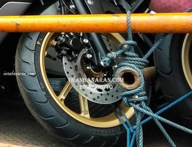 Yamaha NMax 155 versi 2018 (4)