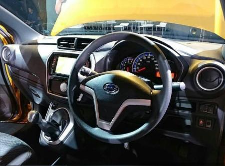 Interior Datsun Cross 2018
