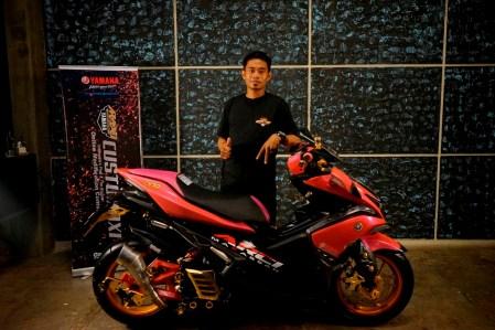 Rizmar Anwar pemenang kelas Aerox 155 semifinal CustoMAXI Makassar