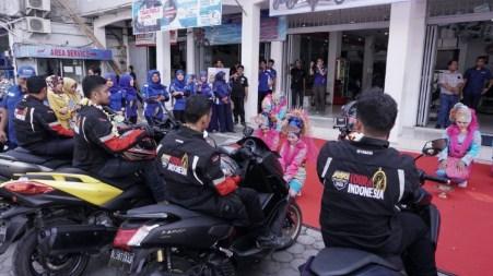 MAXI Yamaha Tour de Indonesia disambut tarian daerah Ranup Lampuan di dealer Alfa Scorpii Jambotape (2)