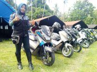 Lady bikers Yamaha Nmax Club Indonesia (YNCI) di gathering nasional YNCI di Lombok Nusa Tenggara Barat (2)